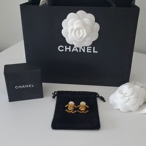 Chanel interlocking earrings
